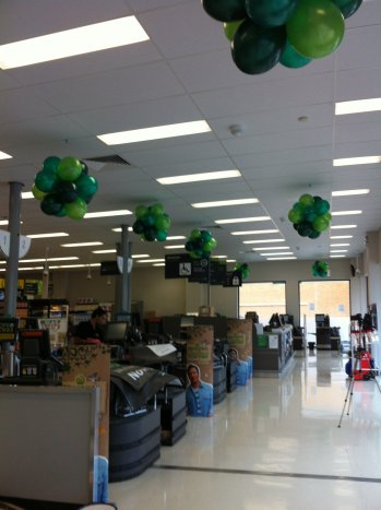 Green Safeway Balloon Clusters Bellarine Party Shop